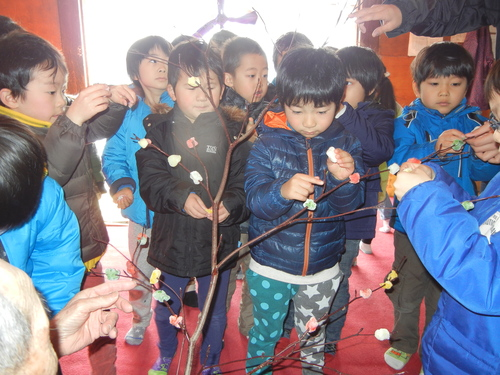 H29 稲荷神社小正月2のサムネイル画像