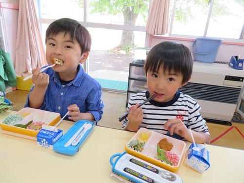 2019給食初日 (1).jpgのサムネイル画像
