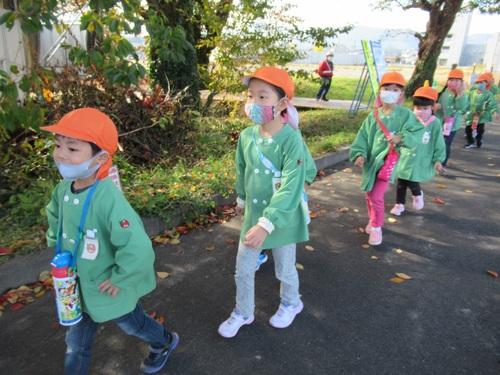 きりん組 グループ園外保育⑩.jpgのサムネイル画像