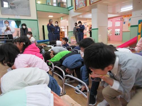きりん組 防災教室②.jpgのサムネイル画像